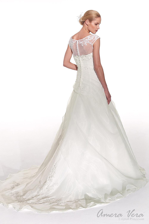 Ziemlich Neue Hochzeitskleider 2014 Bilder - Brautkleider Ideen ...